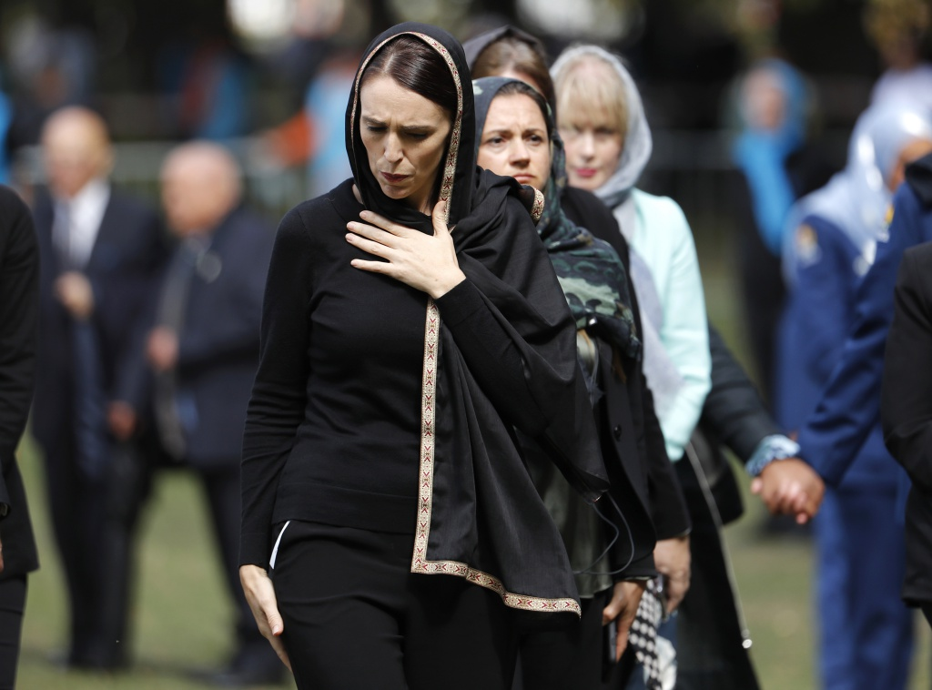 New Zealand Prime Minister Jacinda Ardern leaves Friday prayers at Hagley Park in Christchurch, New Zealand, Friday, March 22, 2019. Thousands of people gathered in a Christchurch city park near the Al Noor mosque where a gunman on Friday, March 15 killed some of the 50 worshippers in a white supremacist attack on two mosques. (AP Photo/Vincent Thian=Newsis)